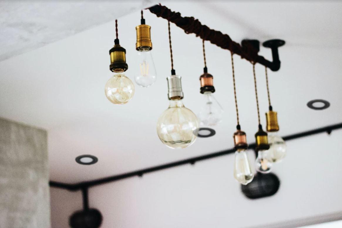 woonkamer verlichting hanglampen